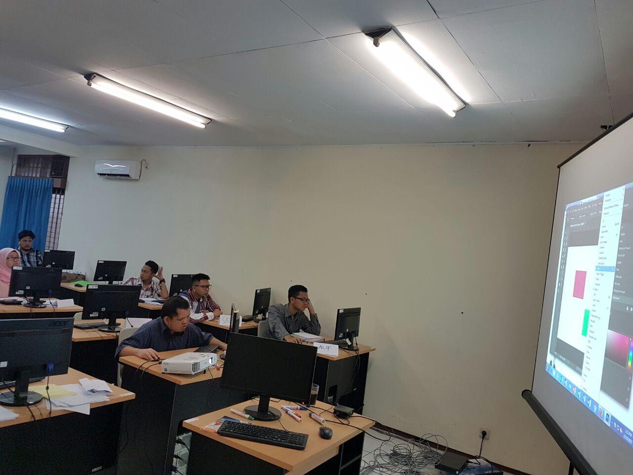 Siswa pelatihan TI YPAC Nasional - CIMB Niaga