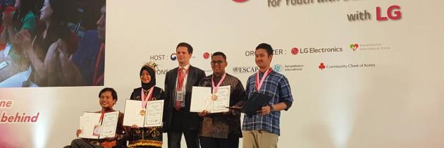 EMPAT REMAJA DISABILITAS INDONESIA MERAIH TIGA MEDALI GITC 2017 – GLOBAL INFORMATION TECHNOLOGY COMPETITION DI HANOI – VIETNAM