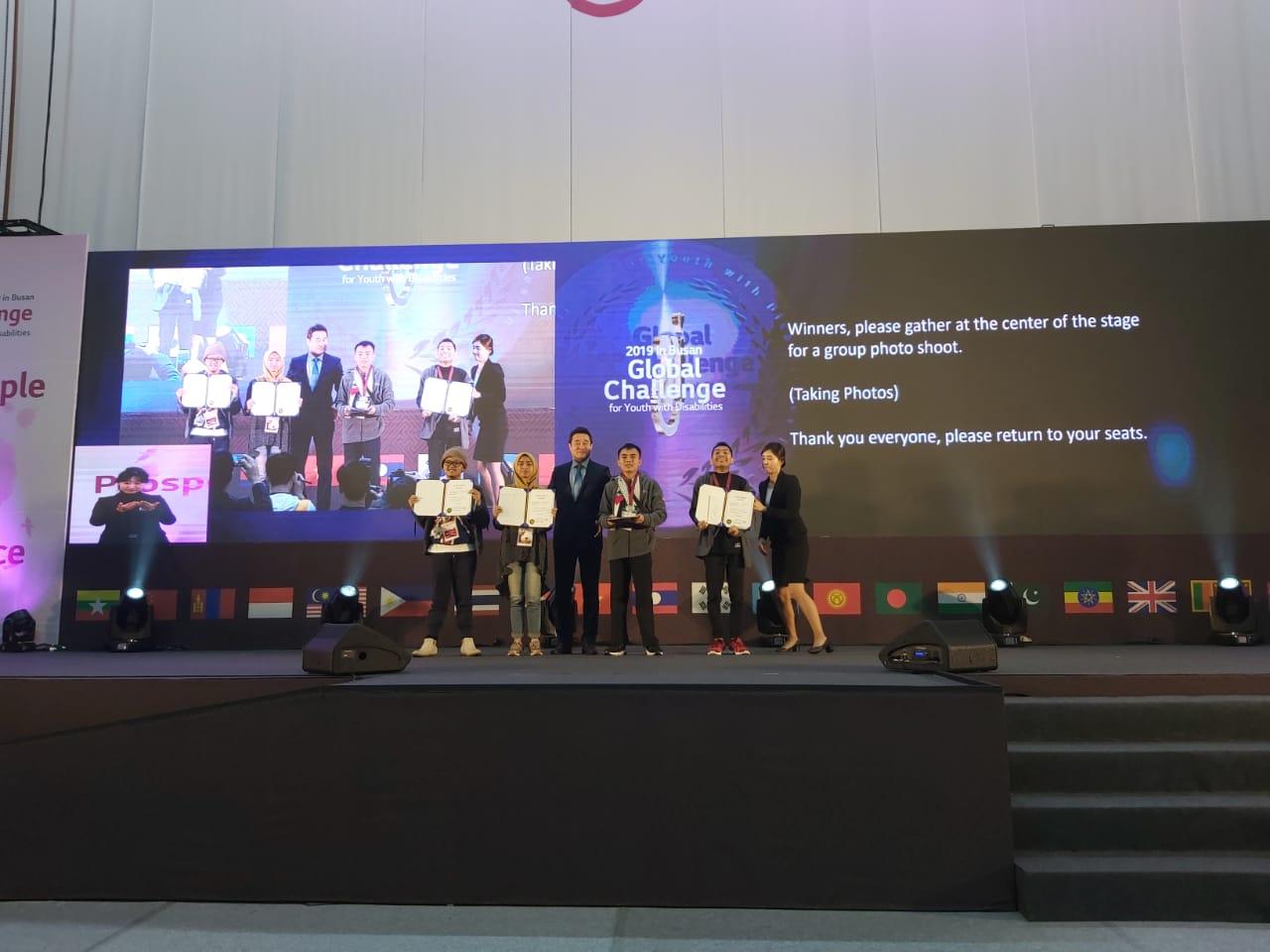 Tim Indonesia Mendapat Juara 2 dalam eCreatives